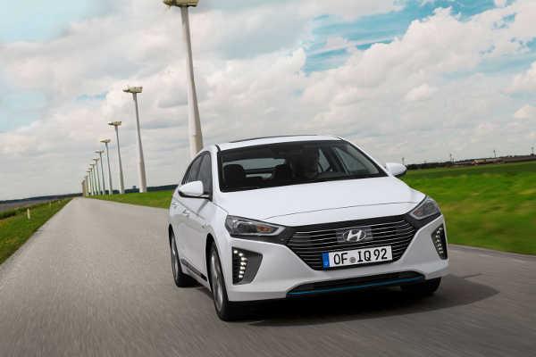 Hyundai Ioniq Hybrid 2016