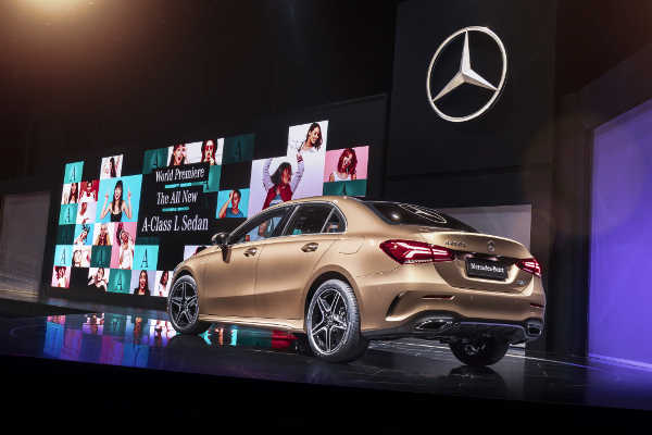 Mercedes A-Klasse L Limousine Auto China Peking 2018