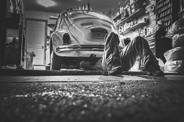 Sparen bei der Autoreparatur - Ersatzteilkauf in Eigenregie