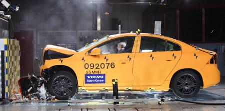 Volvo S60 Crashtest