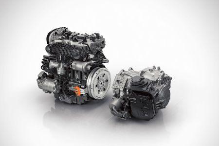 Volvo XC90 T8 2015