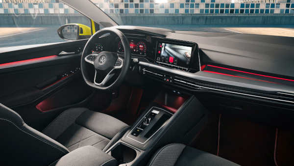 VW Golf 8 (2020) Cockpit